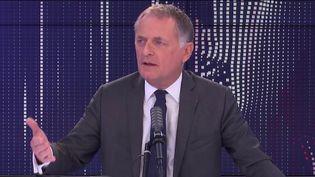 Philippe Juvin, candidat à la primaire Les Républicains et chef des urgences de l'hôpital Georges Pompidou à Paris, le 19 septembre 2021 sur franceinfo. (FRANCEINFO / RADIO FRANCE)