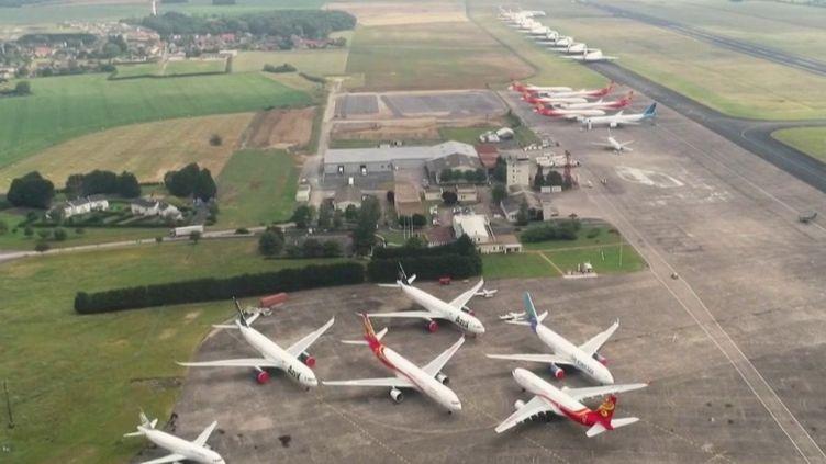 Indre : l'aéroport de Chateauroux, transformé en parking d'avion, ne ressent pas la crise (FRANCE 2)