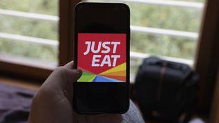 Illustration de la plateforme de livraison Just Eat (ANTOINE WDO / HANS LUCAS)