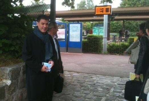 Olivier Faure (PS) sur le tracé du RER D (DR)