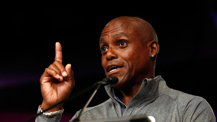 Carl Lewis. (TODD WARSHAW / GETTY IMAGES NORTH AMERICA)