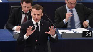 Emmanuel Macron s'exprime devant le Parlement eurpoéen, le 17 avril 2018. (FREDERICK FLORIN / AFP)
