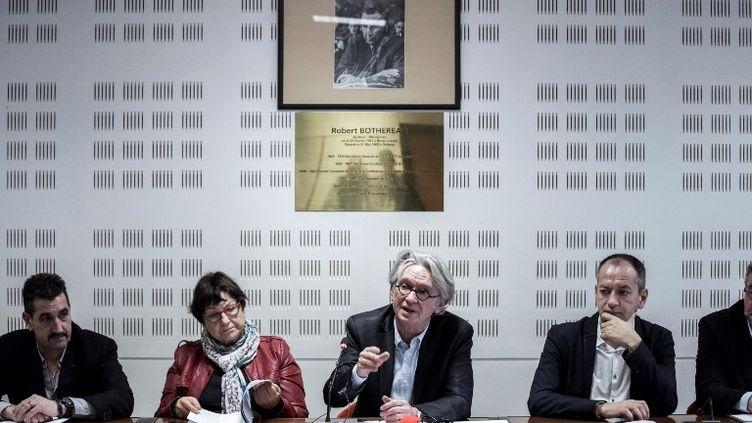 Jean-Claude Mailly au siège de Force ouvrière lors d'une conférence de presse donnée le 20 février 2017. (PHILIPPE LOPEZ / AFP)