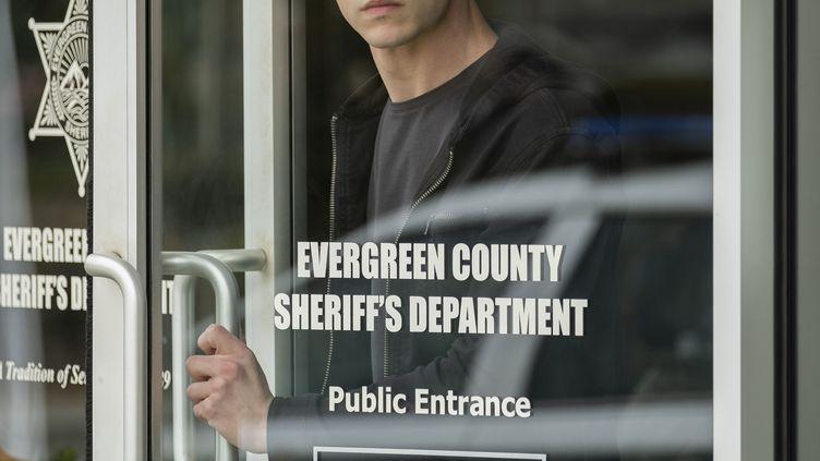 Le personnage de Clay Jensen semble soupçonné du meurtre de Bryce Walker dans la saison 3 de 13 Reasons Why. (DAVID MOIR/NETFLIX / _DSF0047)