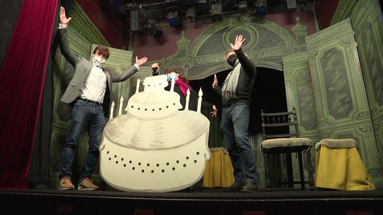 Au théâtre de la Huette, La cantatrice chauve fête ses 70 ans à distance (FRANCE 3)