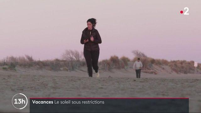 Hérault : à Carnon, le couvre-feu restreint les promeneurs en vacances