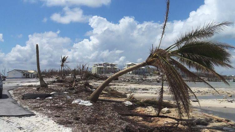 L'île d'Abaco après le passage de l'ouragan Dorian, le 1er septembre 2019. (GILLES GALLINARO / RADIO FRANCE)