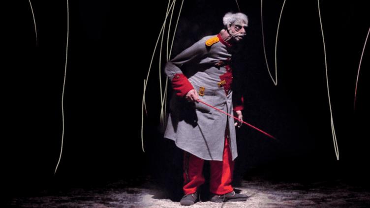 Un personnage du cirque des Encombrants  (DR / Théâtre du Peuple de Bussang)