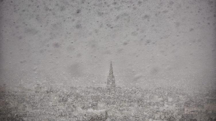 Paris sous neige, le 2 mars 2016. (MAXPPP)