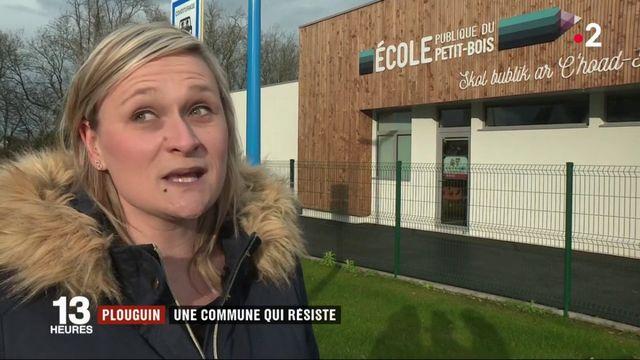 Bretagne : Plouguin, une commune rurale qui résiste à la désertification