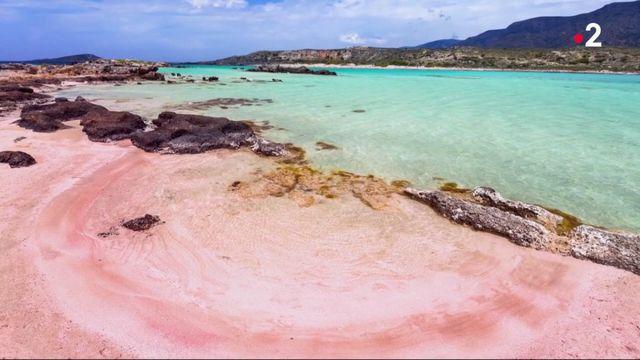 Crète : la plage d'Elafonissi, trésor de sable rose