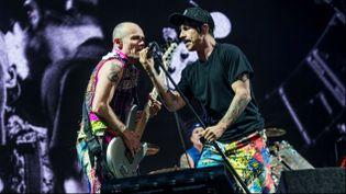 (Flea et Anthony Kiedis, les deux figures historiques des Red Hot Chili Peppers © Amy Harris/AP/SIPA)