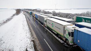 La circulation des poids lourds en Ile-de-Franceest interditedans la nuit de mercredi à jeudi 8 février 2018. (BERNARD MINIGAULT / CROWDSPARK)