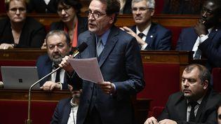 Le député Gilles Le Gendre, lorsd'une séance de questions au gouvernement, le 7 mars 2018, à l'Assemblée nationale, à Paris. (PHILIPPE LOPEZ / AFP)