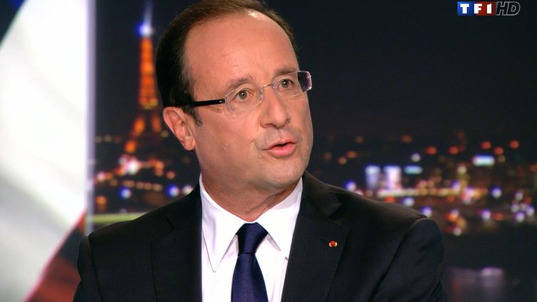 Le président de la République François Hollande, dimanche 8 septembre sur le plateau de TF1. (TF1 / AFP)
