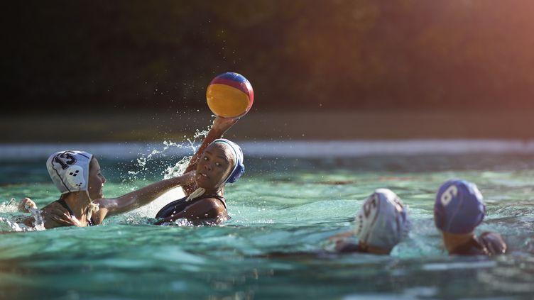 Equipe féminine de water-polo. Illustration (KLAUS VEDFELT / TAXI / GETTY IMAGES)