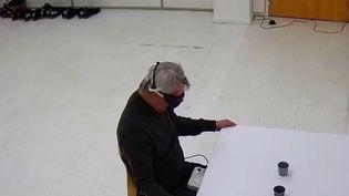 Sciences : un homme de 58 ans retrouve partiellement la vue, une première mondiale (France 3)