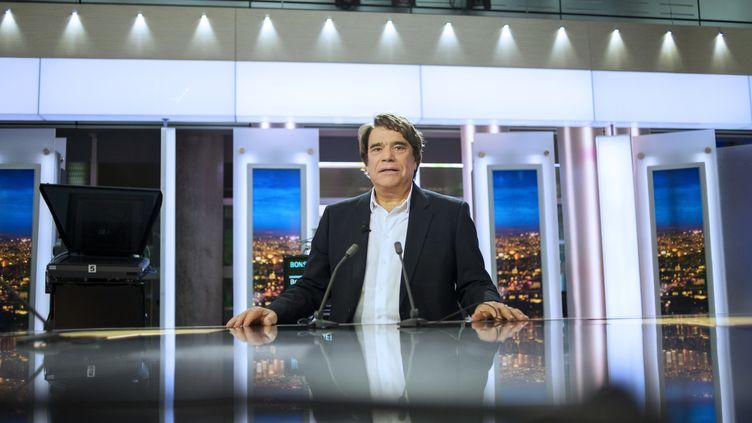 Bernard Tapie, le 1er juillet 2013 sur France 2. (FRED DUFOUR / AFP)