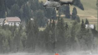 Des appareils suisses ont prélevé de l'eau dans le lac des Rousses (Jura), alors que la mairie n'était pas au courant, jeudi 23 juillet 2015. (FRANCE 3 FRANCHE-COMTE)