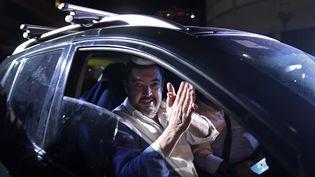 Roberto Marrero, ancien chef de cabinet du leader de l'opposition Juan Guaido, à sa sortie de prison le 31 août. Il fait partie des plus de 100 personnes libérés par Nicolas Maduro d'un seul coup. (FEDERICO PARRA / AFP)