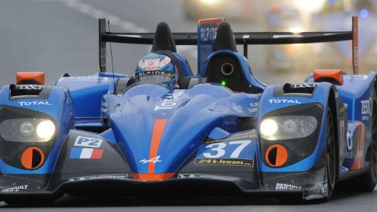 La Signatech Alpine en action sur le circuit du Mans