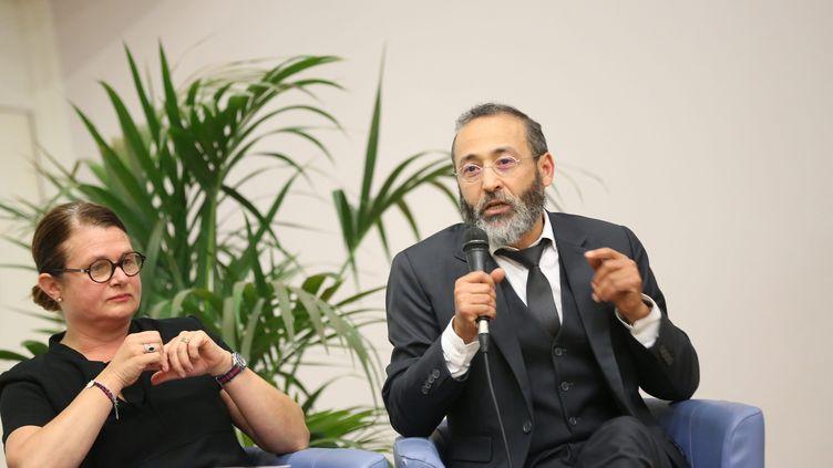 Tareq Oubrou, imam à Bordeaux, lors de rencontres interreligieuses, le 27 septembre 2017. (SALINIER QUENTIN / MAXPPP)