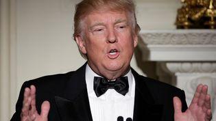 Le président américain Donald Trump lors d'un dîner avec les gouverneurs, à la Maison Blanche, à Washington, le 26 février 2017. (JOSHUA ROBERTS / REUTERS)