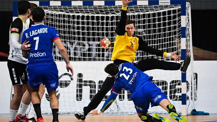 Ludovic Fabregas lors du match France - Suisse, le 18 janvier 2021. (ANNE-CHRISTINE POUJOULAT / AFP)
