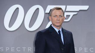 """Daniel Craig à l'avant-première du film """"Spectre"""" à Berlin, en Allemagne, le 28 octobre 2015. (BRITTA PEDERSEN / DPA / AFP)"""