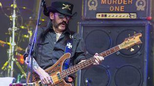 Lemmy Kilmister, le leader du groupe Motörhead, le 26 juin 2015 à Glastonbury (Royaume-Uni). (JIM ROSS / AP / SIPA)