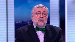 Jean-Daniel Flaysakier, médecin et journaliste, est décédé. Il a incarné pendant trente ans la santé à Télé Matin puis dans tous les journaux de France Télévisions. (Franceinfo)