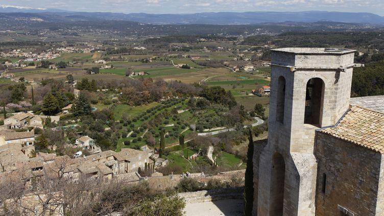 Commune d'Oppède-le-Vieux, rattachée à Oppède (Vaucluse), où l'accident de déminage s'est produit, le 23 mai 2012. (GUY CHRISTIAN / HEMIS.FR)