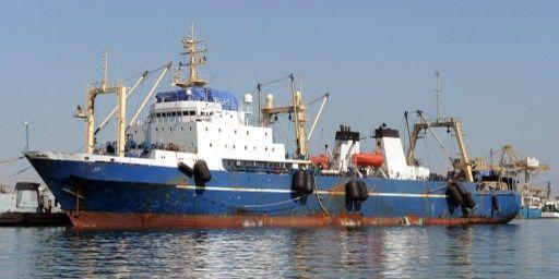 Le chalutier russe Oleg Navdenov arraisonné le 4 janvier 2014 dans les eaux sénégalaises pour pêche illégale (AFP)