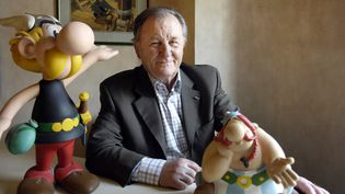 Albert Uderzo, le 19 avril 2007 à Paris. (STEPHANE DE SAKUTIN / AFP)