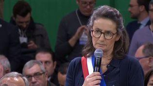 Sophie de Gibon, maire de Canteloup (Calavados) (Capture d'écran France 3)