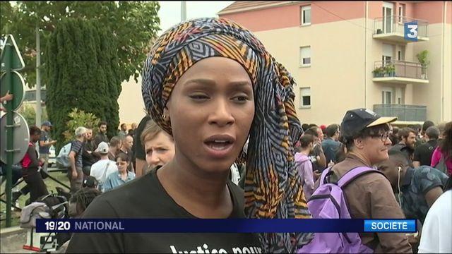 Un an après, la famille et les soutiens d'Adama Traoré défilent pour réclamer justice