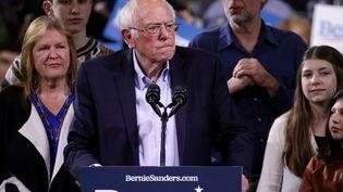 """Le candidat aux primaires démocrates, Bernie Sanders, lors d'un meeting pour le """"Super Tuesday"""", le 3 mars 2020 à Essex Junction (Vermont, Etats-Unis). (ALEX WONG / GETTY IMAGES NORTH AMERICA / AFP)"""