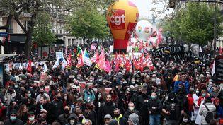 Un ballon d ela CGT lors de la manifestation à Paris, samedi 1er mai. (CHRISTOPHE PETIT TESSON / EPA)
