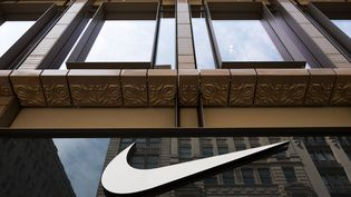 Un magasin Nike à New York. (DREW ANGERER / GETTY IMAGES NORTH AMERICA)