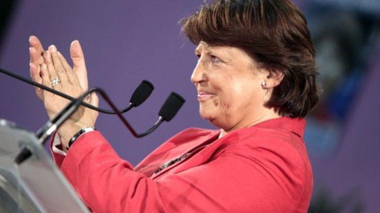 Martine Aubry en meeting à Canteleu, près de Rouen, le 26 septembre 2011 (KENZO TRIBOUILLARD / AFP)