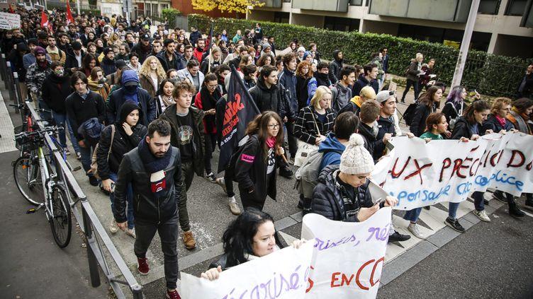 Manifestation étudiante contre la précarité, à Lyon, le 26 novembre 2019. (P.DUBUIS / MAXPPP)