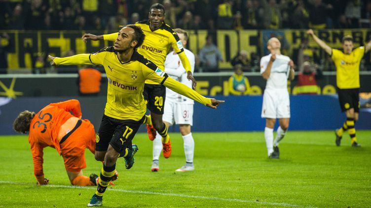 Aubameyang porte le Borussia avec six buts en quatre jours (ODD ANDERSEN / AFP)