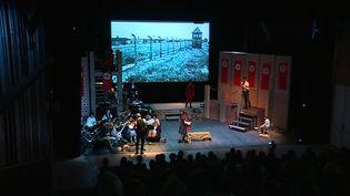 Le Camp des Milles a invité un millier d'adolescents à découvrir l'opéra du compositeur Viktor Ullmann composé au camp de Terezinen 1943, quelques mois avant sa mort à Auschwitz. (E. Zini / France 3)