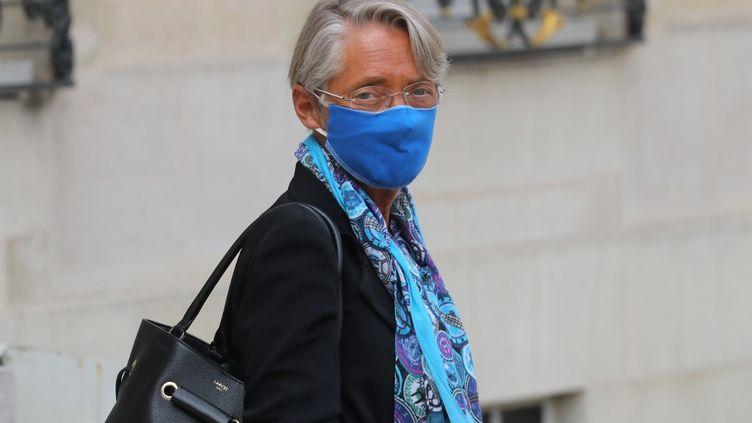 La ministre du Travail Elisabeth Borne, le 3 septembre 2020, quittant l'Elysée. (LUDOVIC MARIN / AFP)