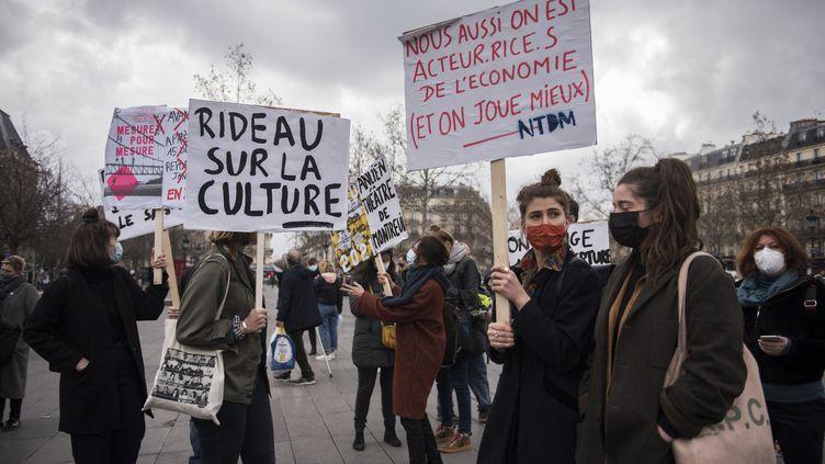 Manifestation des professionnels de la culture pour la réouverture des lieux culturels, à Paris le 4 mars 2021    (MAGALI COHEN / HANS LUCAS)