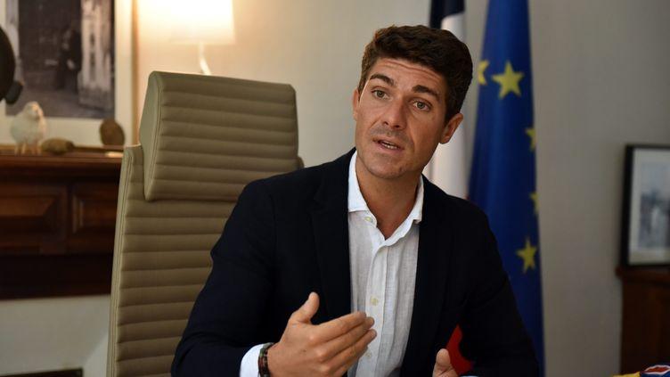 Aurélien Pradié, député du Lot, les Républicains, était l'invité de franceinfo, le 7 octobre 2021. (MARC SALVET / MAXPPP)