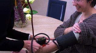 Plus de 100 000 infirmiers et infirmières exercent en libéral en France. (SERGE REALINI / MAXPPP)