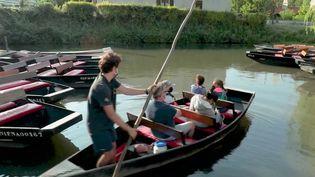 Tourisme : des visites fluviales et historiques à la sortie de l'autoroute (France 2)