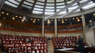 François Hollande prononce un discours en ouverture de la grande conférence sociale, le 9 juillet 2012, à Paris. (MARTIN BUREAU / REUTERS)