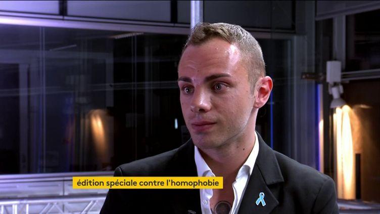 Valentin, invité de l'émission spéciale de franceinfo sur la lutte contre l'homophobie et la transphobie, le 17 mai 2019. (FRANCEINFO)